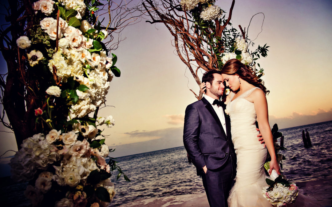 Alexis & Joey – Southernmost Mansion Wedding